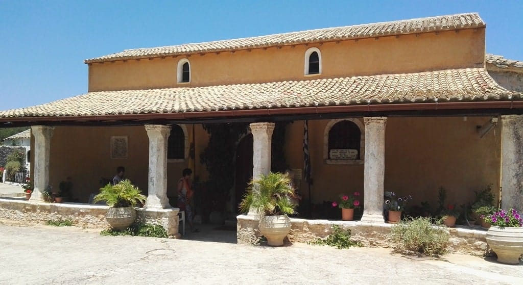 Inside the monastery of Anafonitria is the icon of Virgin dating back to the 15th century, coming from Constantinople